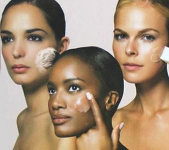 Come-scegliere-il-giusto-fondotinta-per-la-pelle-339x300