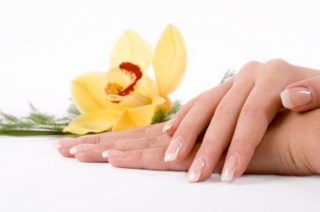 unghie-fiore