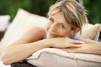 Disturbi della Menopausa via con Rimedi Naturali