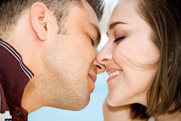 mononucleosi-malattia-del-bacio-sintomi-cure-rimedi-naturali